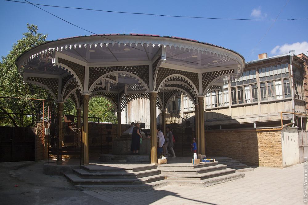 Грузия, источник в Сурами