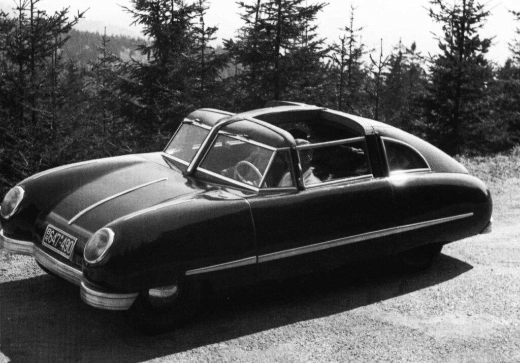 Gomolzig 'Taifun' Stromlinienwagen 1951 1.jpg