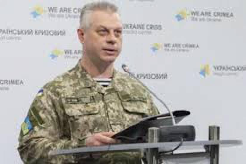 """За время проведения АТО более 35 тыс. военнослужащих получили государственные награды и отличия: 22 воинам присвоены звания """"Герой Украины"""", - Миноброны"""