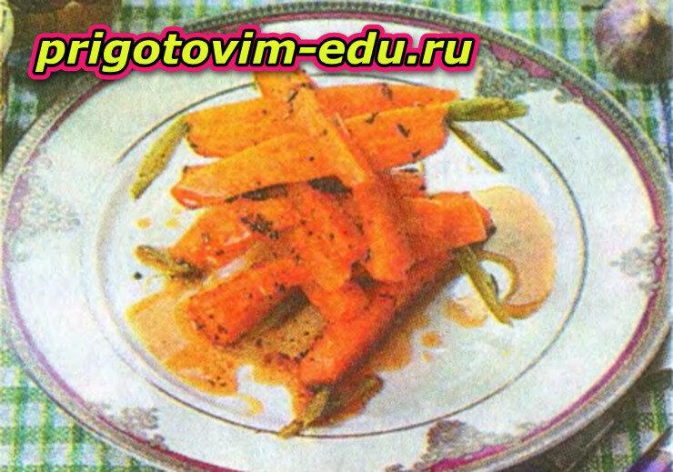 Паровая морковь в пряном соусе