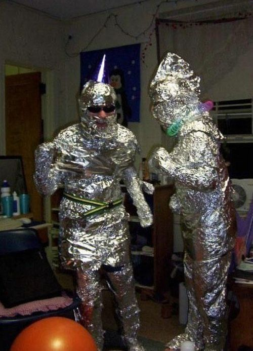 Смешные костюмы на неадекватных людях (80 угарных фотографий)