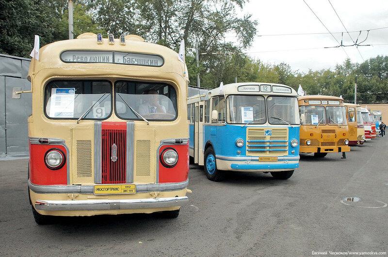 Лето. Парад автобусов. ЗИС 155. 13.08.16.00..jpg