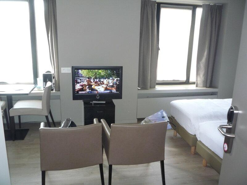 Гент, Aparthotel Castelnou 3*
