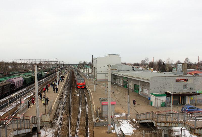 Станция Куровская, вид на Москву