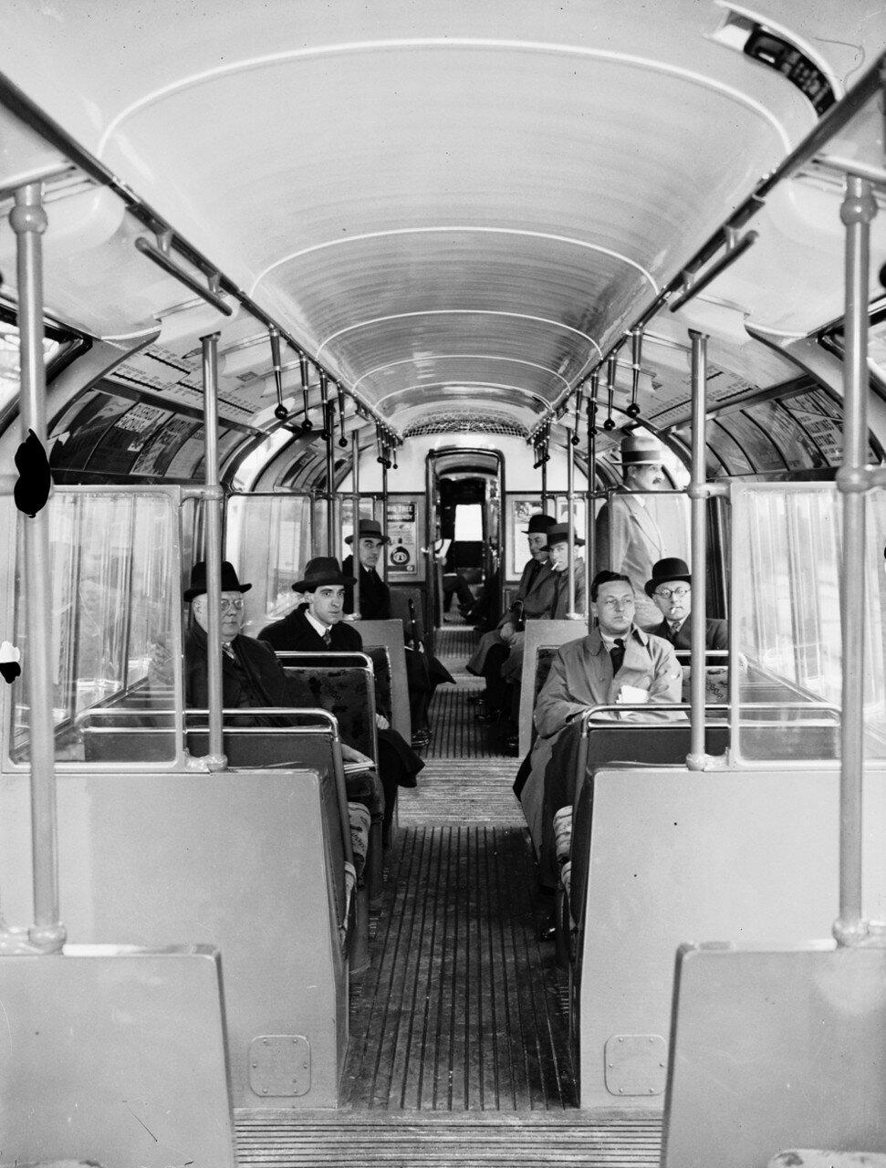 1936. Новые интерьеры вагонов подземки. Лучшие сидения, освещение и вентиляция, а так же и более обтекаемая форма