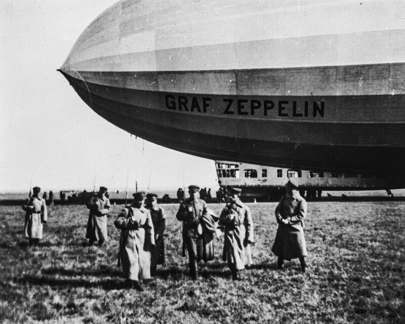 Ленинград. Цеппелин LZ 127 «Граф Цеппелин» на Комендантском аэродроме