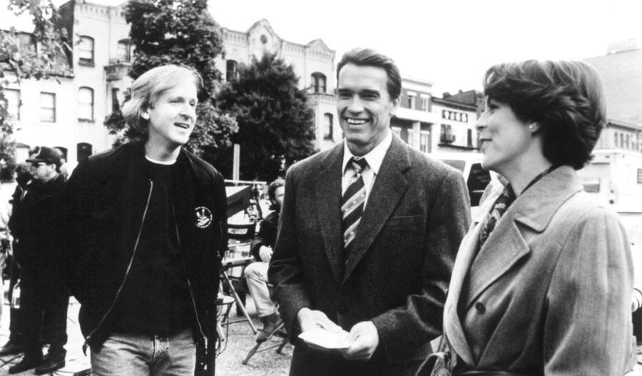 """Арнольд Шварценеггер и Джеймс Кэмерон на съёмках фильма """"Правдивая ложь"""""""