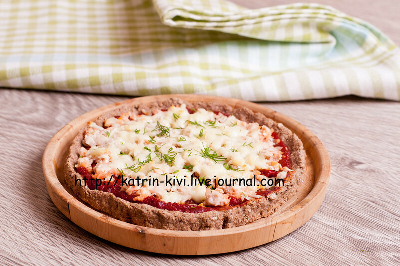 Colorful pizza with cheese, chicken and dill close up horizontal