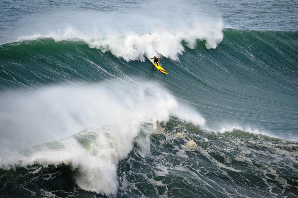 Серфинг вПортугалии.
