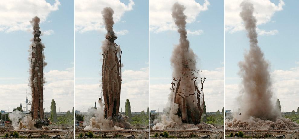 3. Очередной направленный взрыв. Снос дамбы в городе Ухань, провинция Хубэй, Китай, 14 июля 201