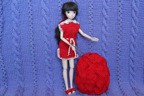 красные платье и сабо Барби