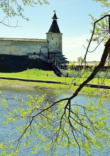 Башня Кутекрома Псковского Кремля