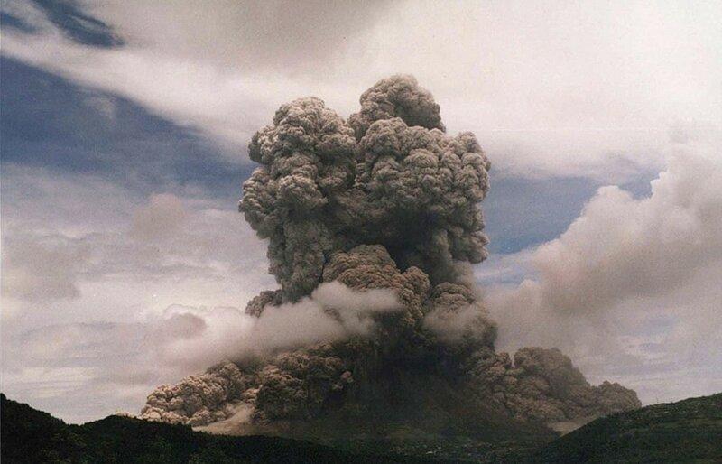 vulkan-sufrier-hills-5-7-990x636.jpg