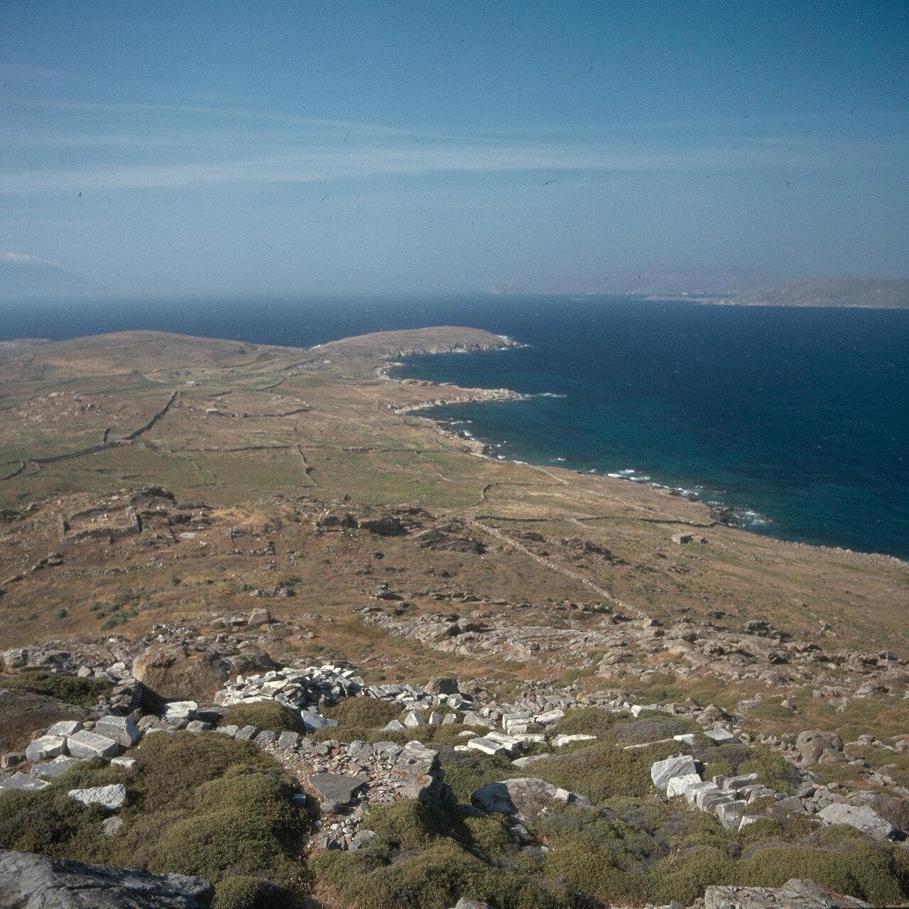 Делос. Вид с Кинтоса на северо-восток в Миконос
