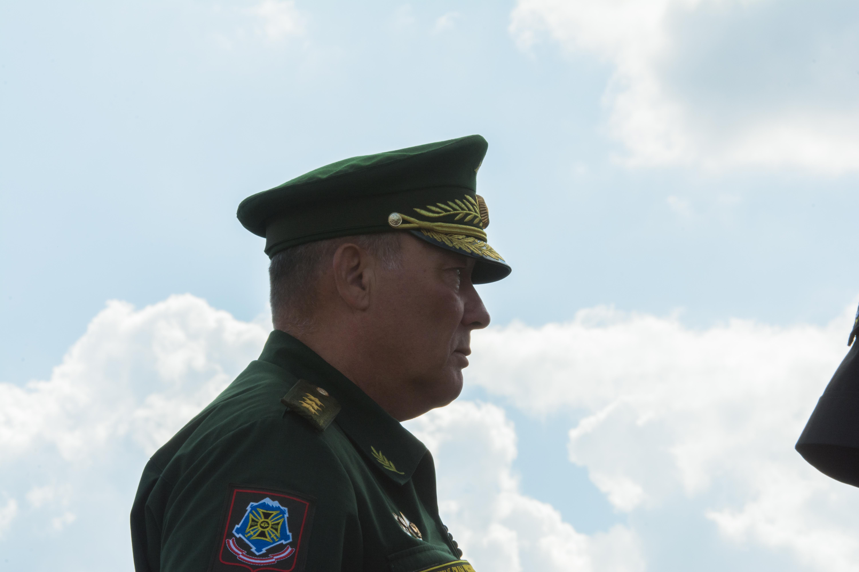 Командующий войсками ЮВО генерал-полковник Александр Дворников посетил Каспийскую флотилию