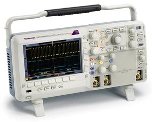 Осциллограф цифровой DPO2022B  . Внешний вид