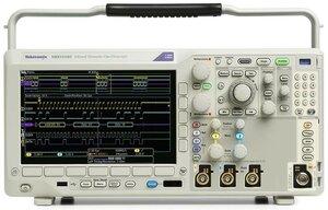 Цифровой осциллограф с анализатором спектра MDO3032 - вид спереди