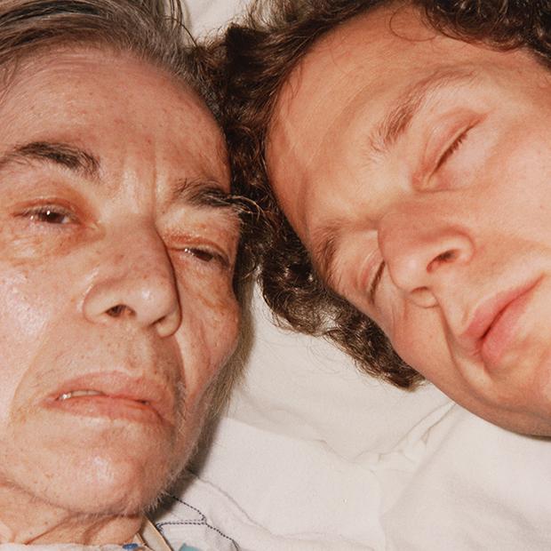 Мама и я, 1989. «Женщина, которая не любила фотографироваться и которая всегда была ухоженной и опря