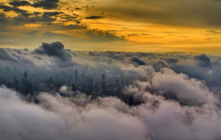 Шанхай с высоты башенного крана (16 фото)