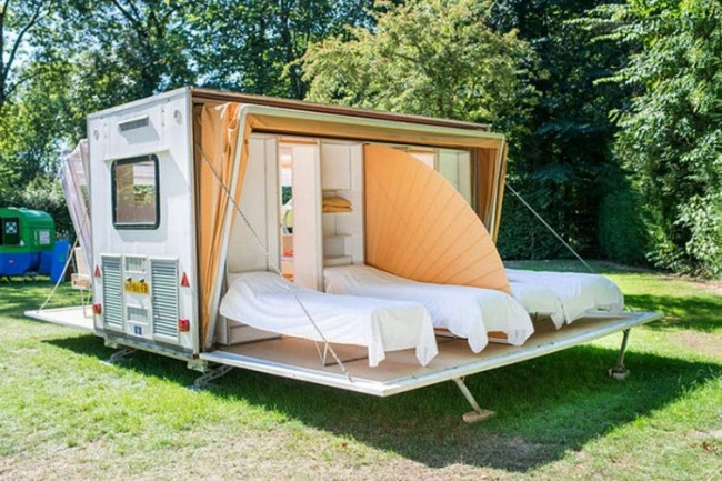 © inhabitat.com  Убрав крышу, можно наслаждаться красотой природы, лежа накровати.