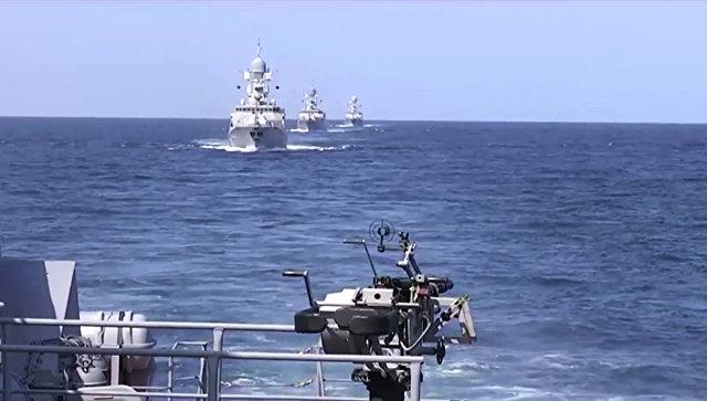 Офицеры Каспийской флотилии встретились сколлегами изВМС Азербайджана