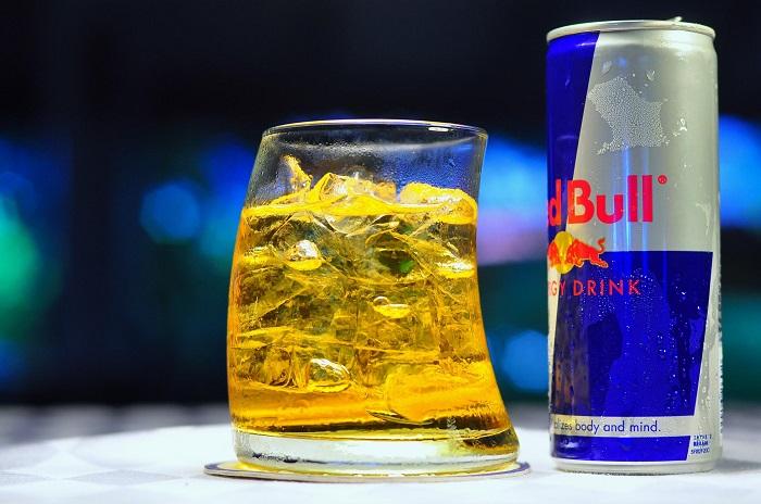 Ученые назвали самый опасный алкогольный напиток
