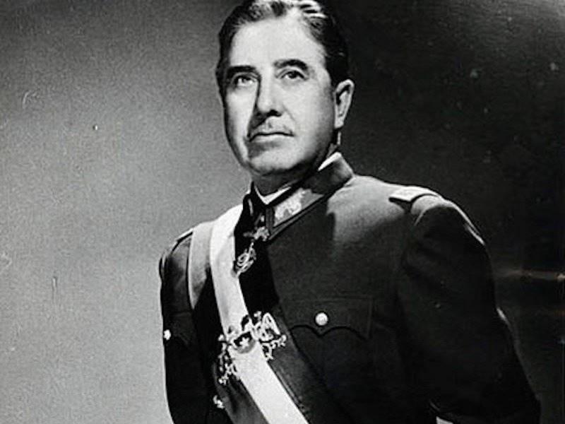 Правление: 1973-1990 гг. Пиночет сверг правительство Альенде в 1973 году с помощью поддерживаемого С