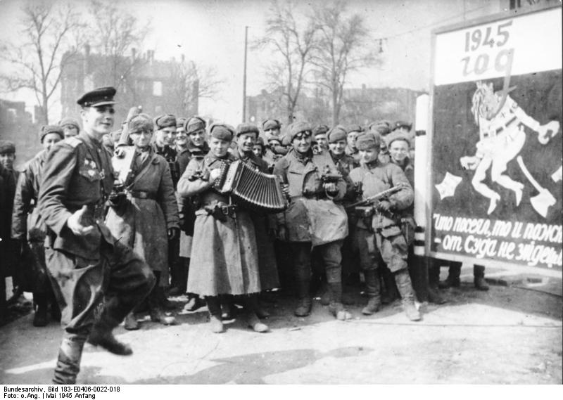 Berlin, Siegesfeier der Roten Armee