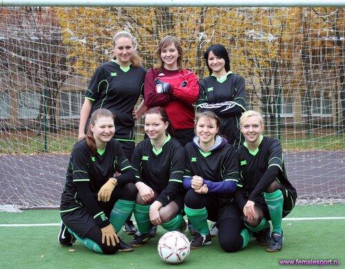Женская Футбольная Команда «НеПарни»