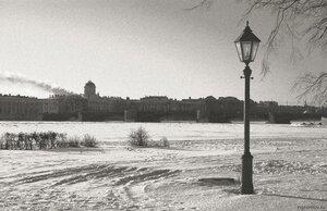 Зима на острове (Биржевой мост, зима, мост, Петербург, снег, таможня, фонарь)