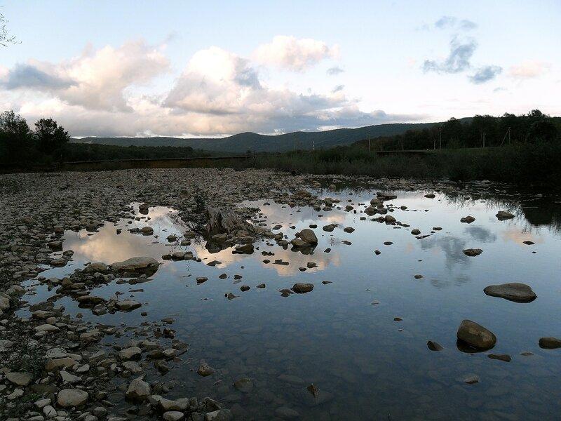Окрестности Горячего Ключа, река Каверзе