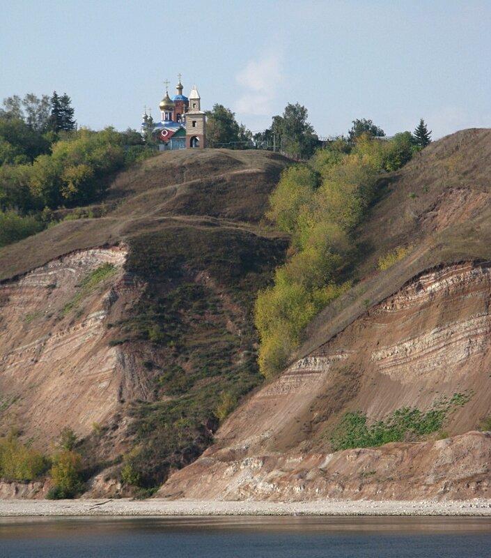 Куйбышевское водохранилище ниже Казани