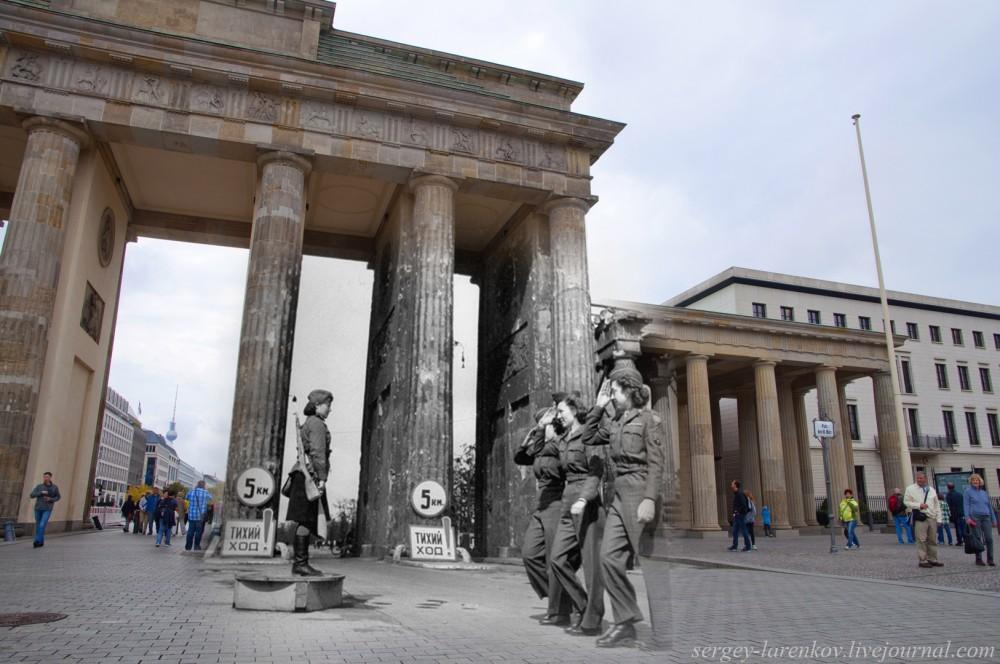 2 Берлин 1945-2014. Советская регулировщица и американские девушки-военнослужащие у Бранденбургских ворот..jpg