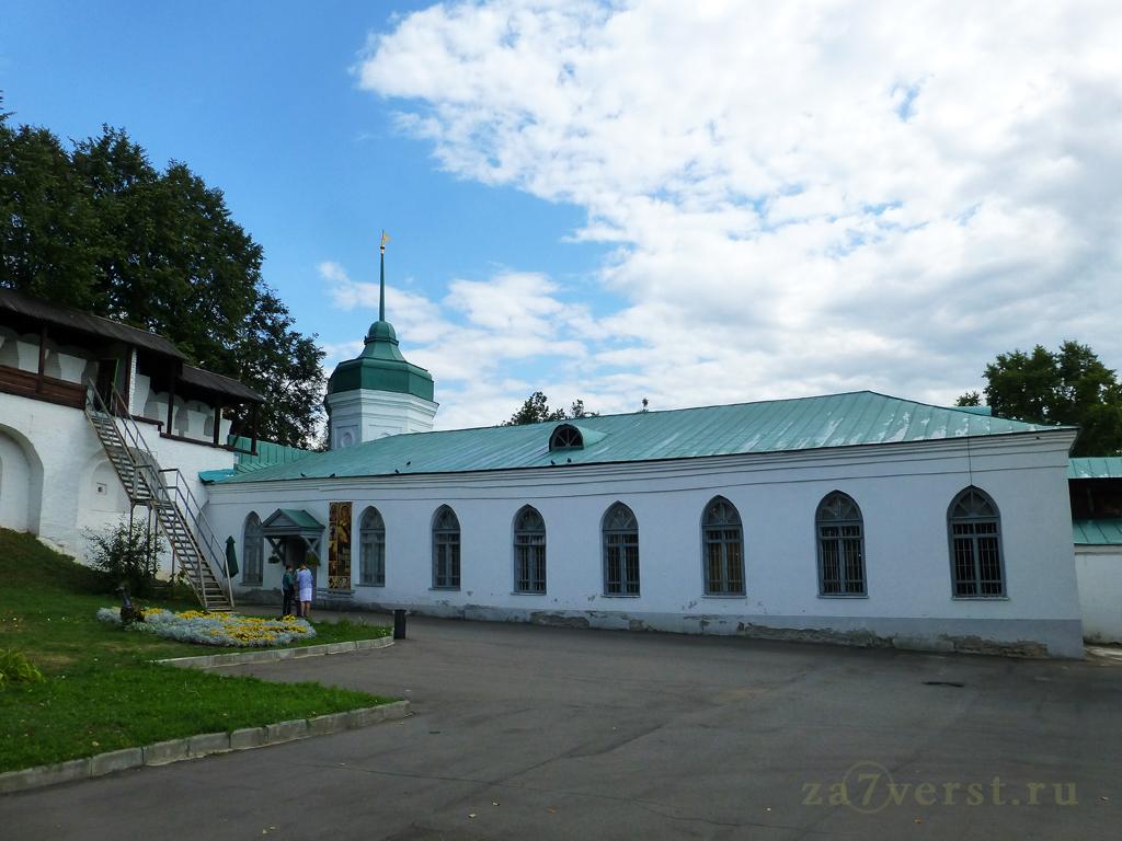 Ярославский музей-заповедник. Территория