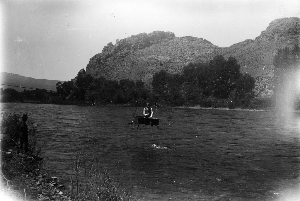 Gaging Rio Grande River, at high water, Colorado, between 1890 and 1900