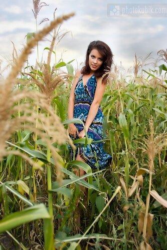 фотомодель портрет пленэр модели fashion  Первый осенний пленер в пригороде Киева