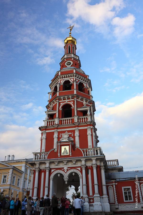 Колокольня Строгановской церкви