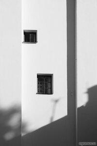 Абстракция 56590 (монохром, окно)