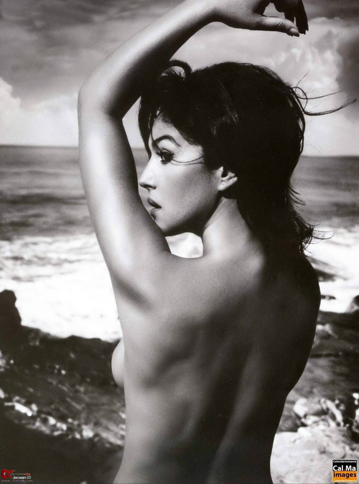 Моника Беллуччи / Monica Bellucci by Vincent Peters in GQ november 2006