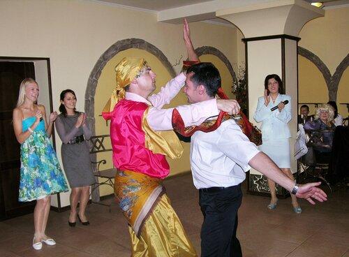 Сценарий поздравления на свадьбу от цыган 37