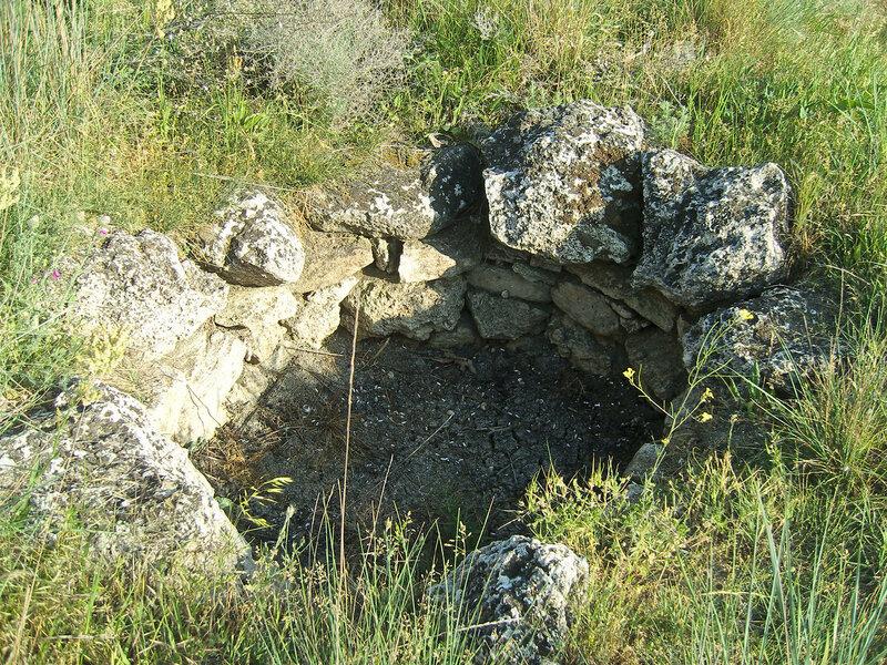 древний колодец
