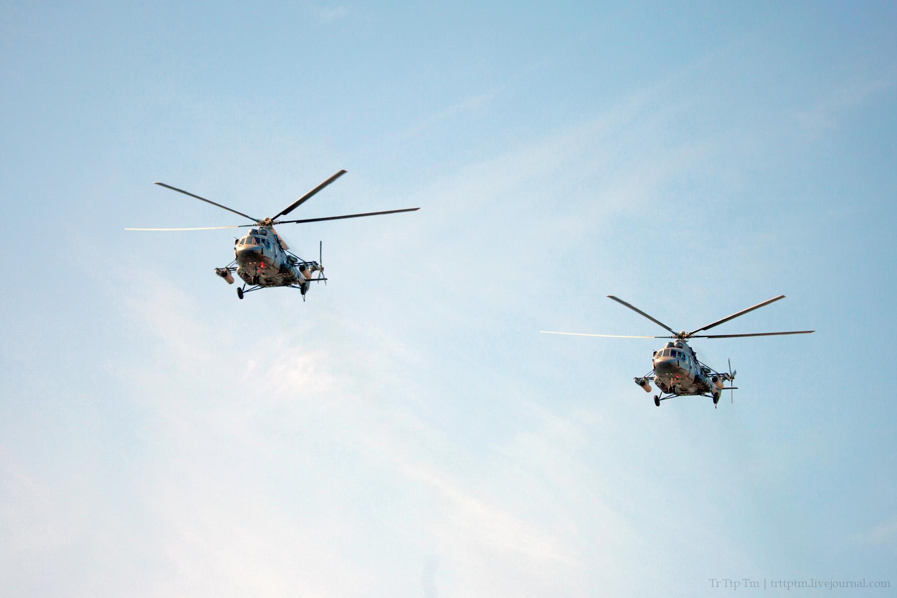 3. Военная авиация над Маркизовой лужей.