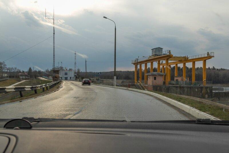 Плотина на Рузском водохранилище