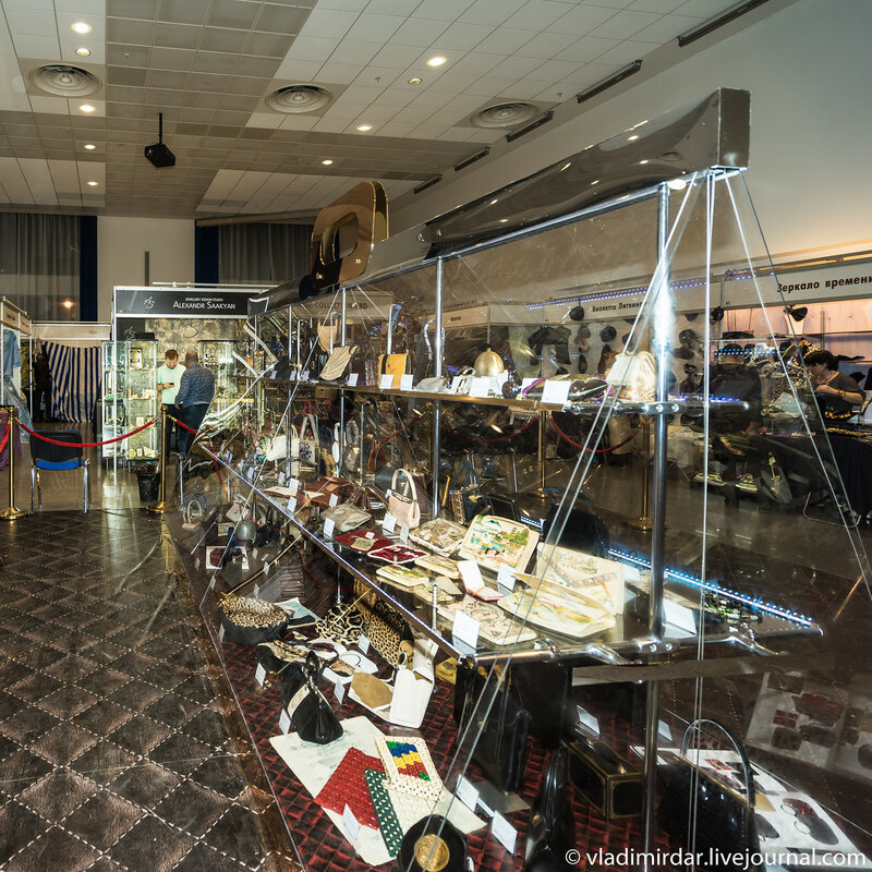 Выставка-салон «Бижутерия от винтажа до наших дней» 2015