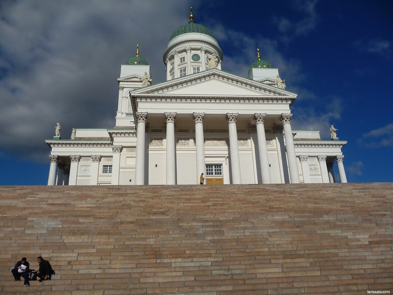 Общий вид Собора и лестницы.