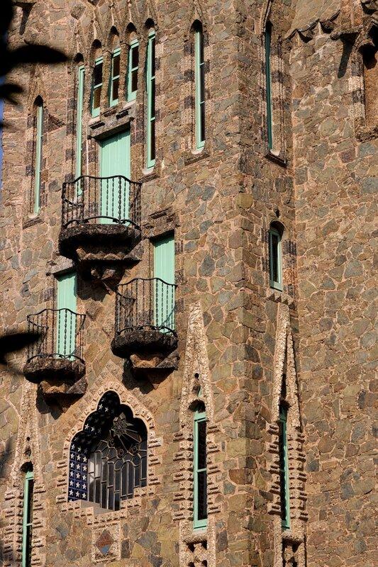 "Torre Figueres, ""Bellesguard"" (1900-02, Antoni Gaudí)"