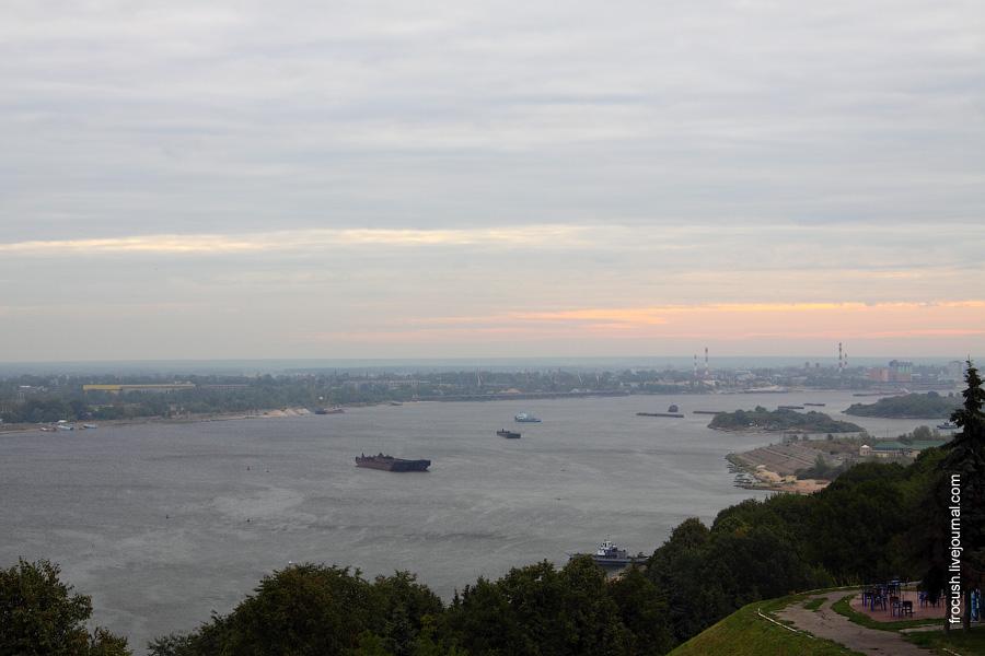 Вид на Волгу от памятника Валерию Чкалову