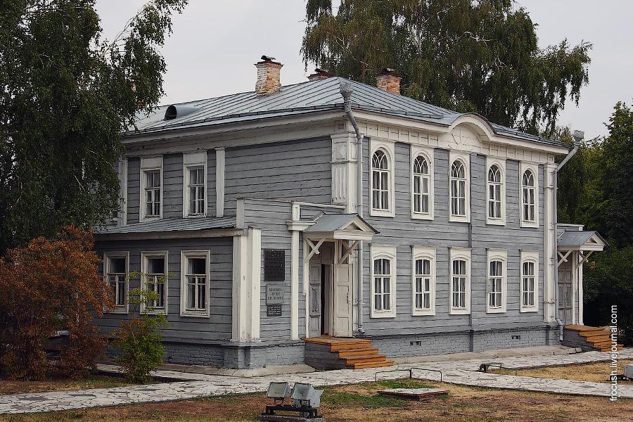Квартира-музей В.И.Ленина, где семья Ульяновых проживала с 1871 по 1875 год