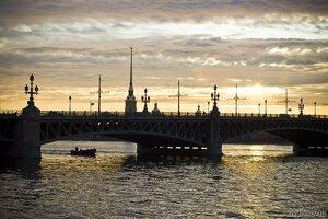 Вечернее плавание (мост, Нева, Петербург, Петропавловская крепость, судно, Троицкий мост)