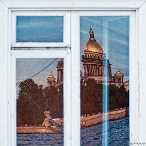 Мой Петербург (Исаакиевский собор, Нева, окно, отражение, Петербург, храм)